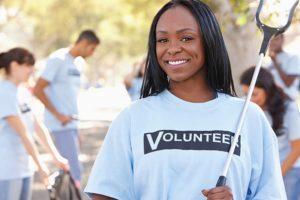 black-volunteer-598x400